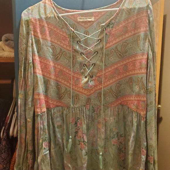 Swap/Sell City lights blouse
